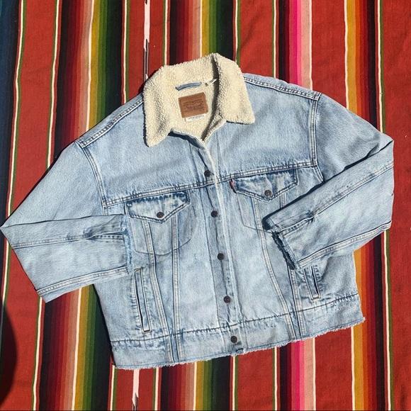 Levi's Oversized Shearling Denim Jacket M
